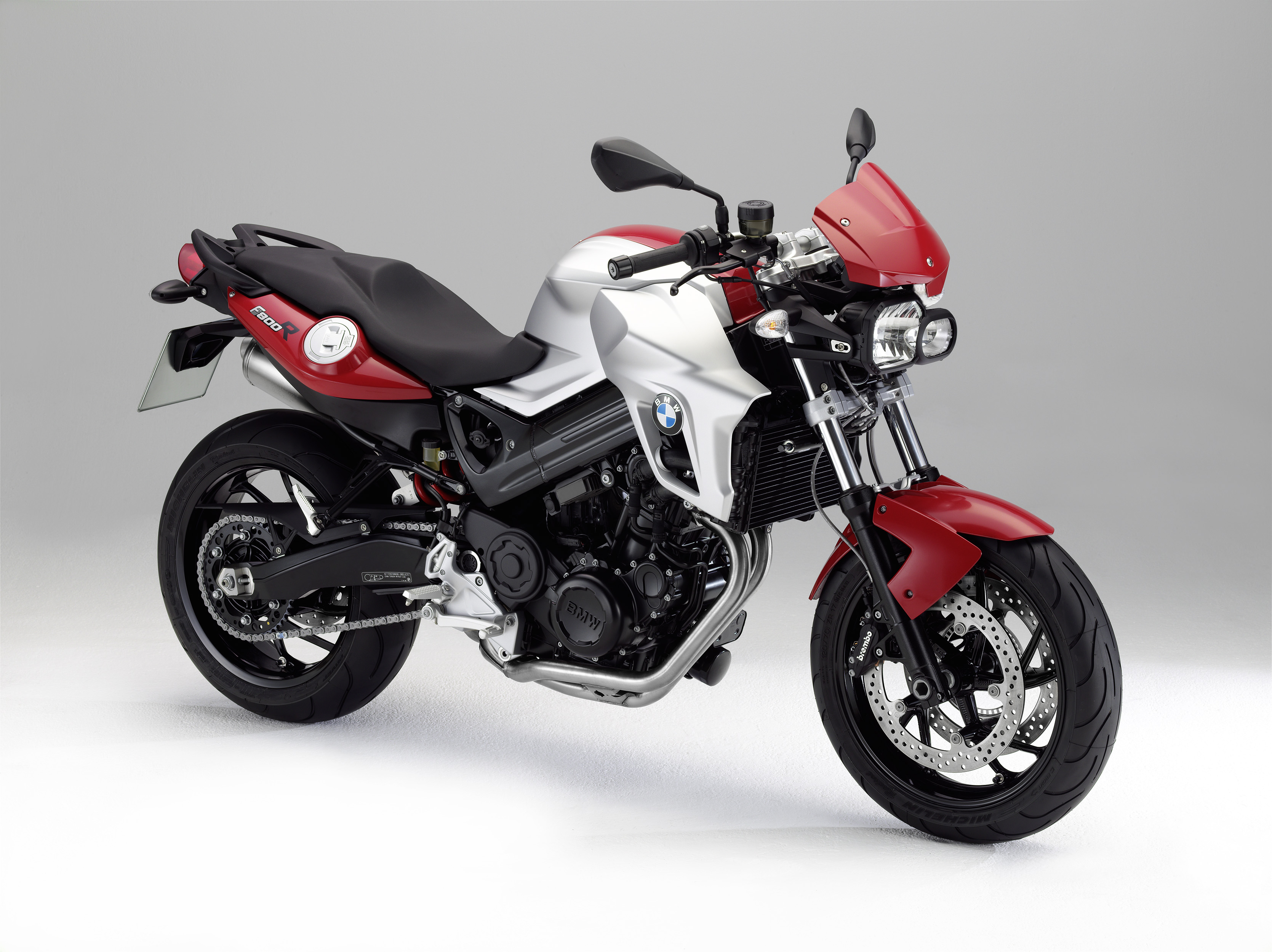 bmw f800r novelties by bmw motorrad 2012 bmw motorcycle accessory hornig individual. Black Bedroom Furniture Sets. Home Design Ideas