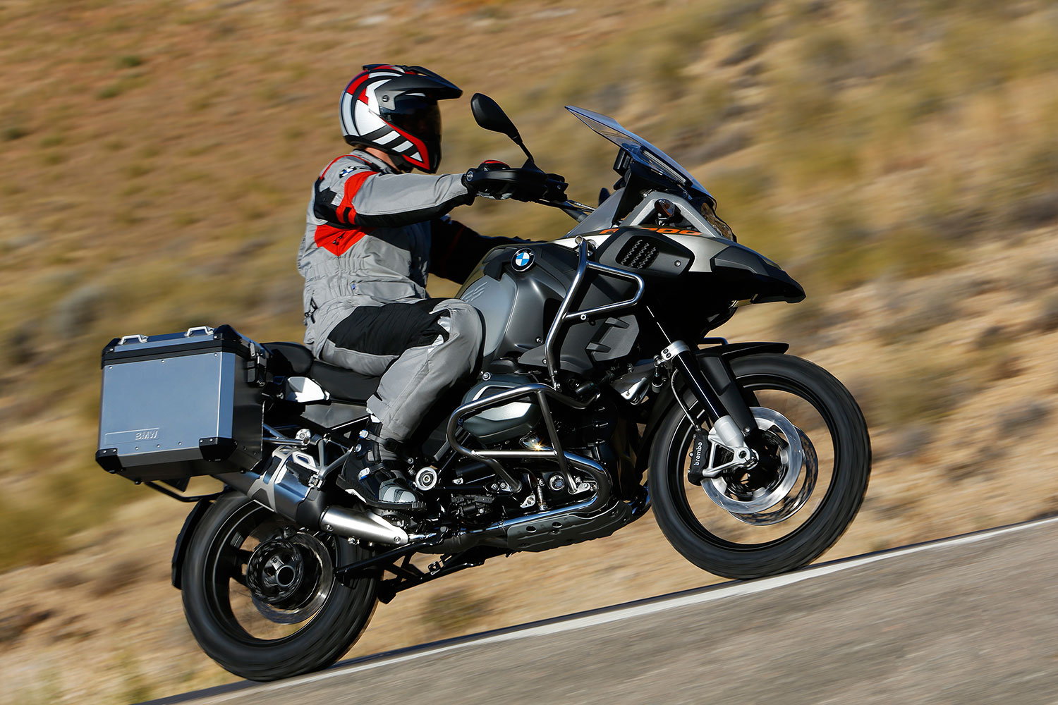 the new bmw r 1200 gs adventure lc 2014 new model of the. Black Bedroom Furniture Sets. Home Design Ideas